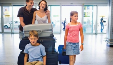 https://www.lovingparents.in/travel/how-to-travel-with-a-growing-child/