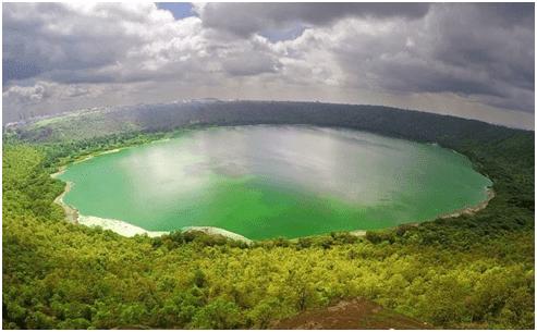 Lonar Crater Lake, Lonar, Maharashtra
