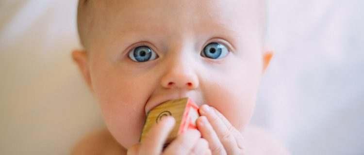 choking-baby