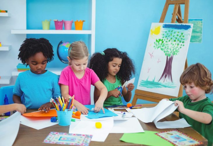 Kids creative activity classes