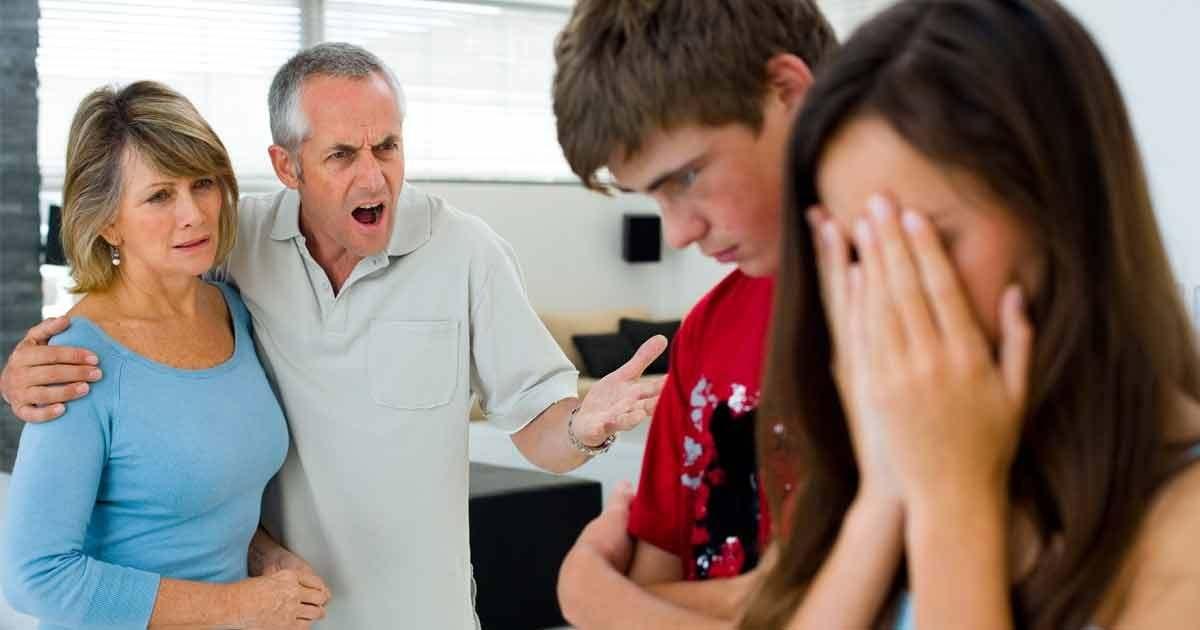 Teenage Pregnancy socioeconomic risks