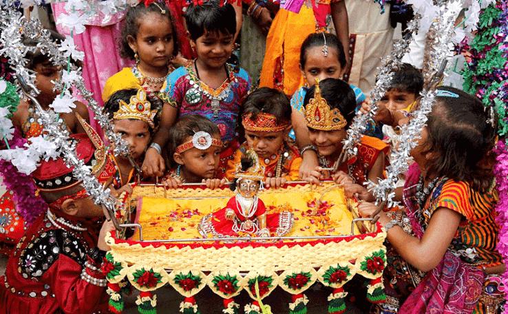 Krishna Jhula at Janmastami