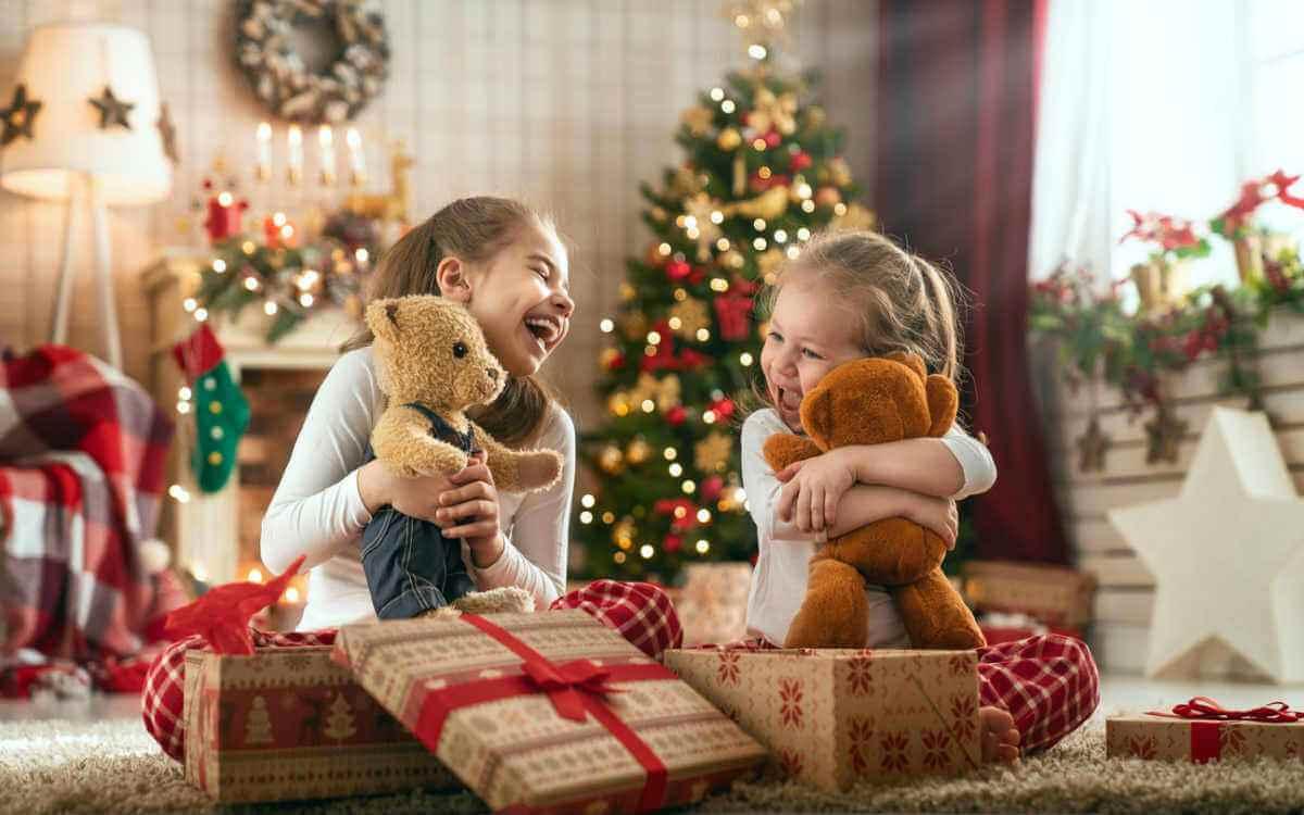 kids receiving gifts